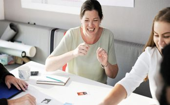 Best Methods for Increasing Company Morale
